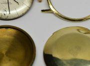 Vom-Ende-einer-Goldarmbanduhr-002