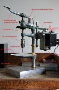 Historische-Uhrmacher-Tischbohrmaschine-003