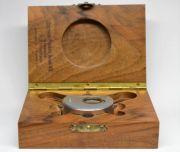 Ein-besonderes-Werkzeug-fuer-das-AS1012-Damenuhrwerk-007