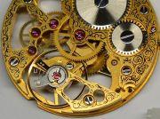 Kleiner-und-Grosser-Bruder-Uhrwerke-im-Groessenvergleich-002
