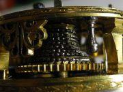 Spindeltaschenuhr-17.-Jahrhundert-009